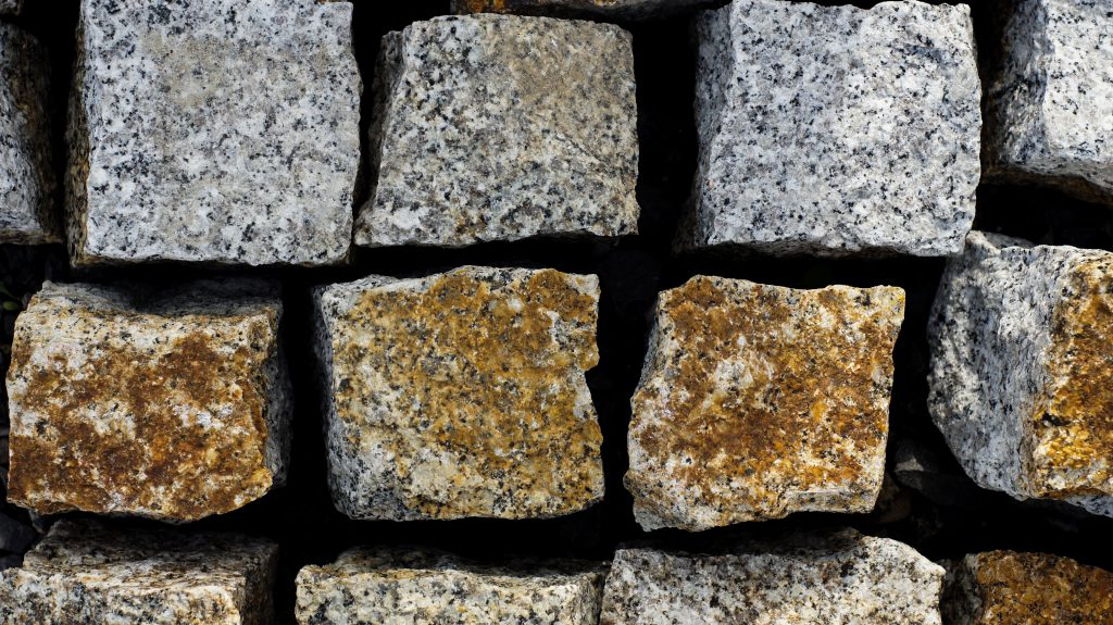 kostka granitowa szaroruda