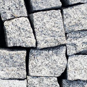 kostka granitowa szara strzegom